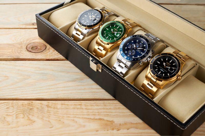 色々な種類の腕時計